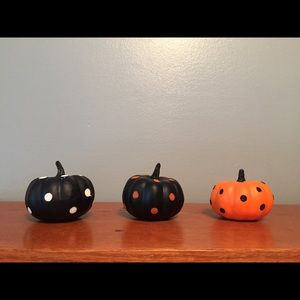 Bundle of Polka-Dotted Halloween Pumpkin Decor
